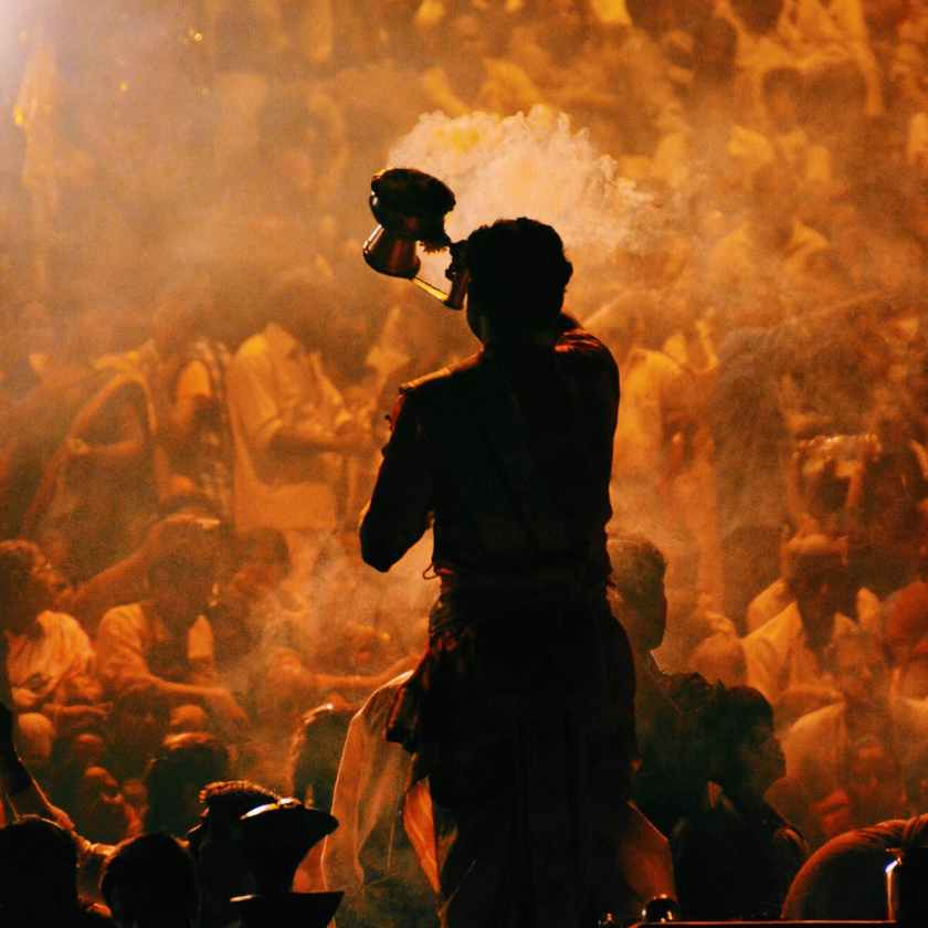 ganga aarti varanasi benaras prayer india